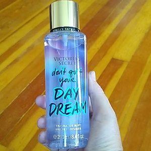🚨2/$25🚨NIP-VS Don't Quit Your Day Dream Mist